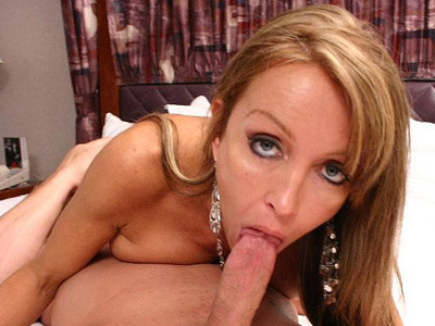 Hot milf Christina gets on all fours to have her lover drill her hard from behind